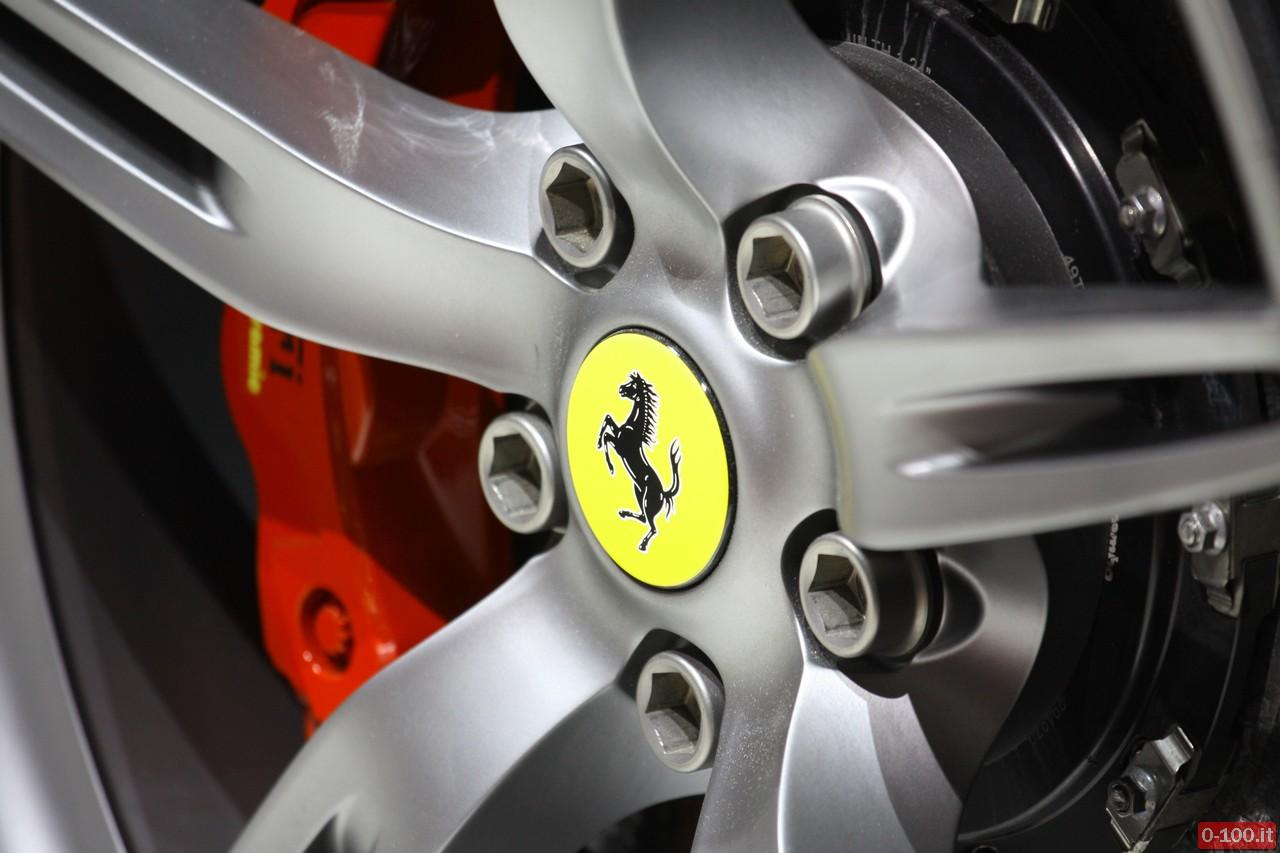 ferrari-458-speciale-racing-iaa-francoforte-2013_0-100_14