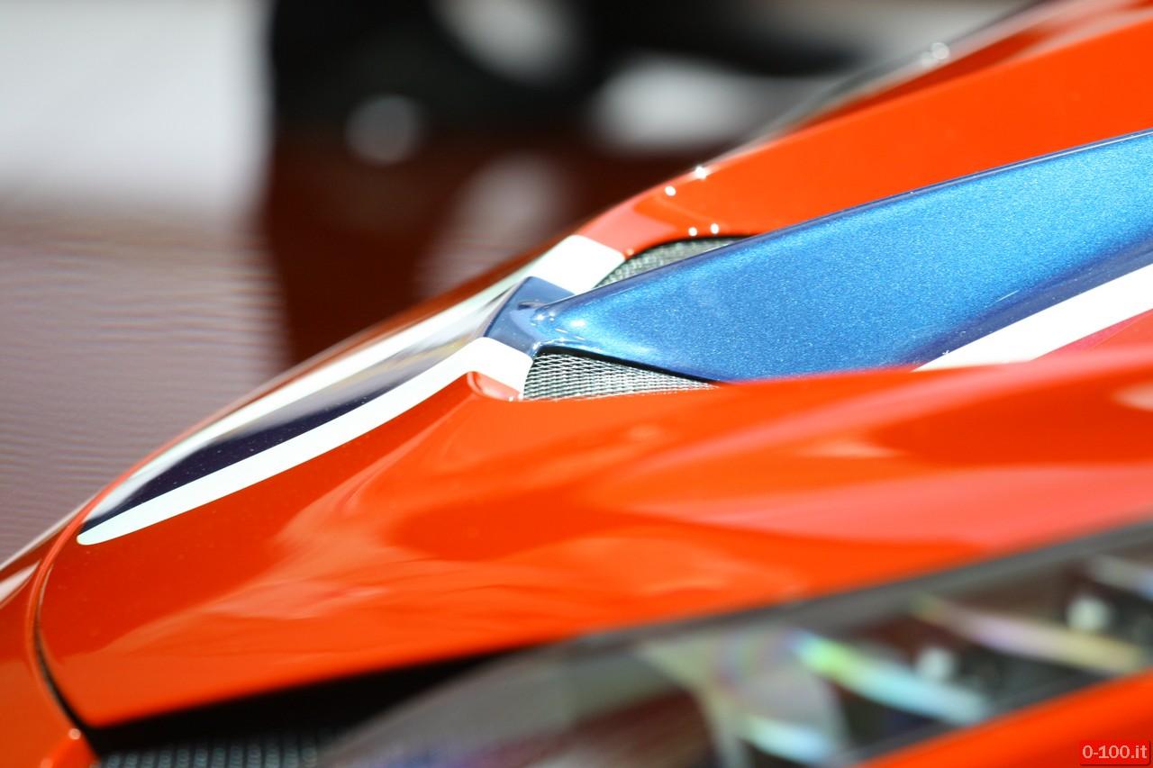 ferrari-458-speciale-racing-iaa-francoforte-2013_0-100_6