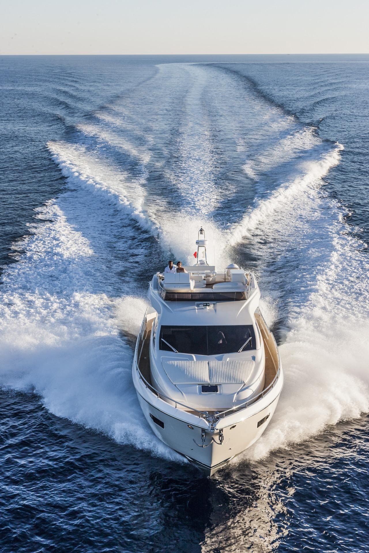 ferretti-yacht-750_Cannes_2013_70-100