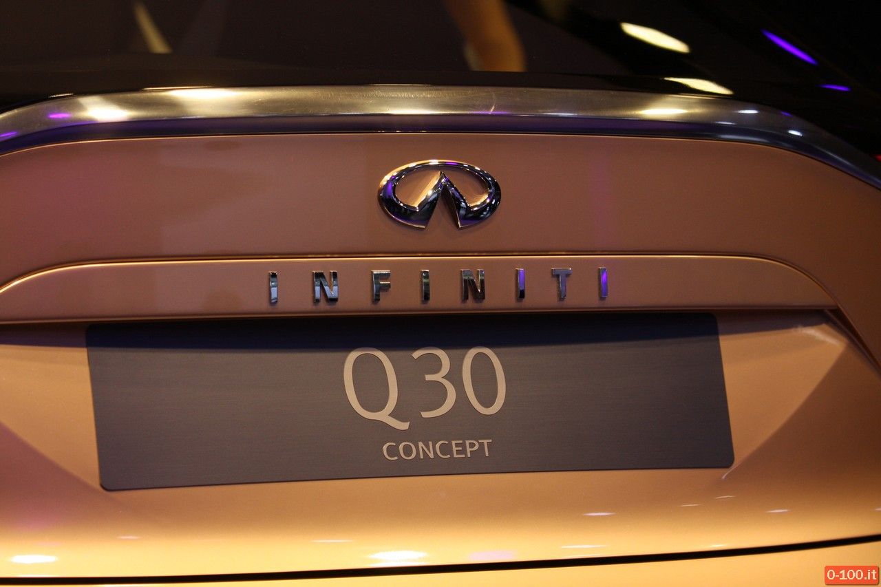 infiniti-q30-iaa-francoforte-2013_0-100_8