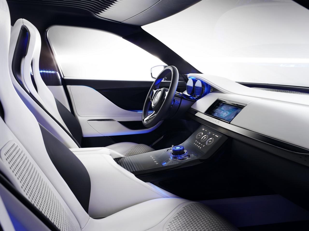 jaguar-c-x17-sports-crossover-concept_140-100