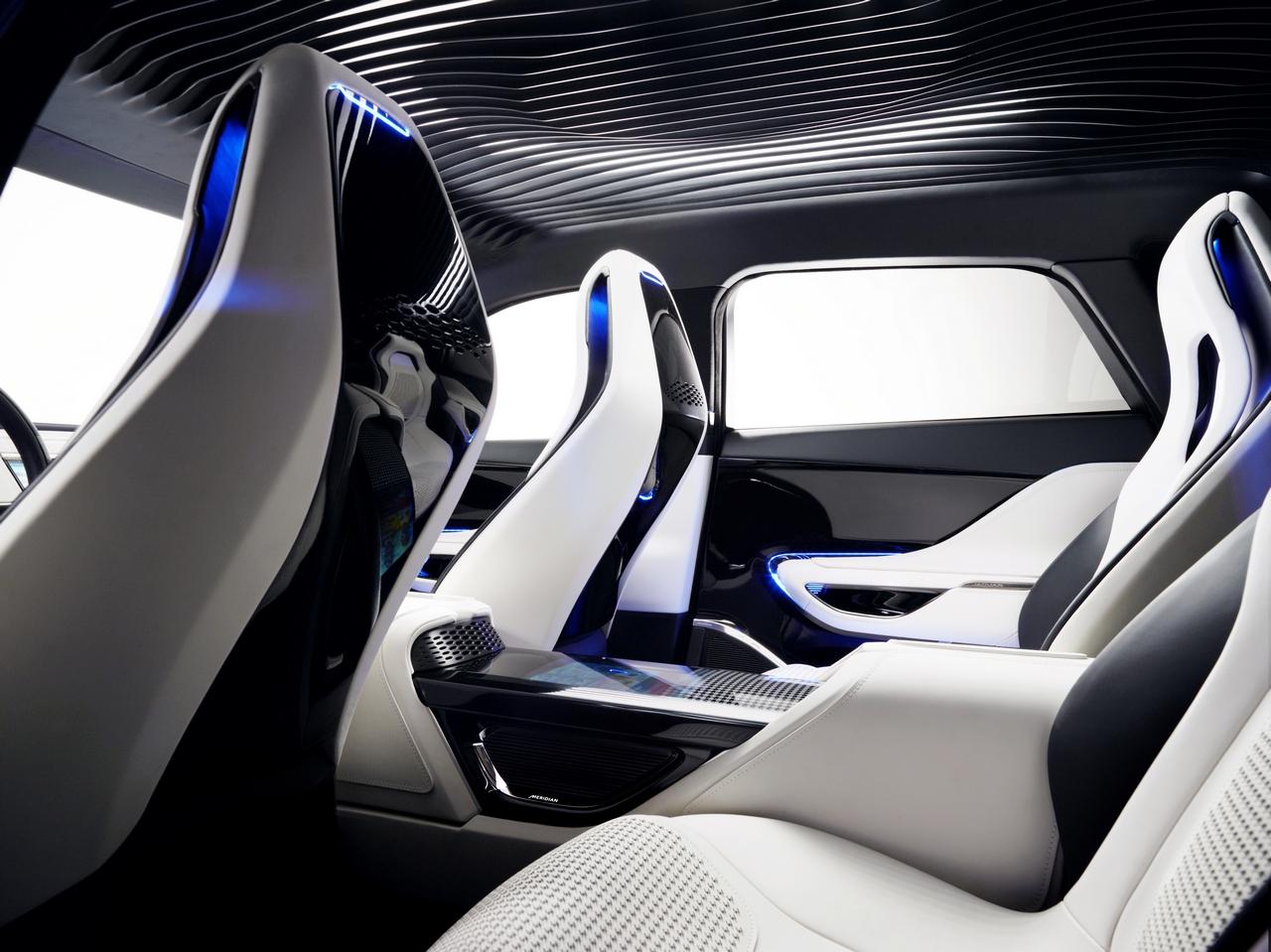 jaguar-c-x17-sports-crossover-concept_180-100