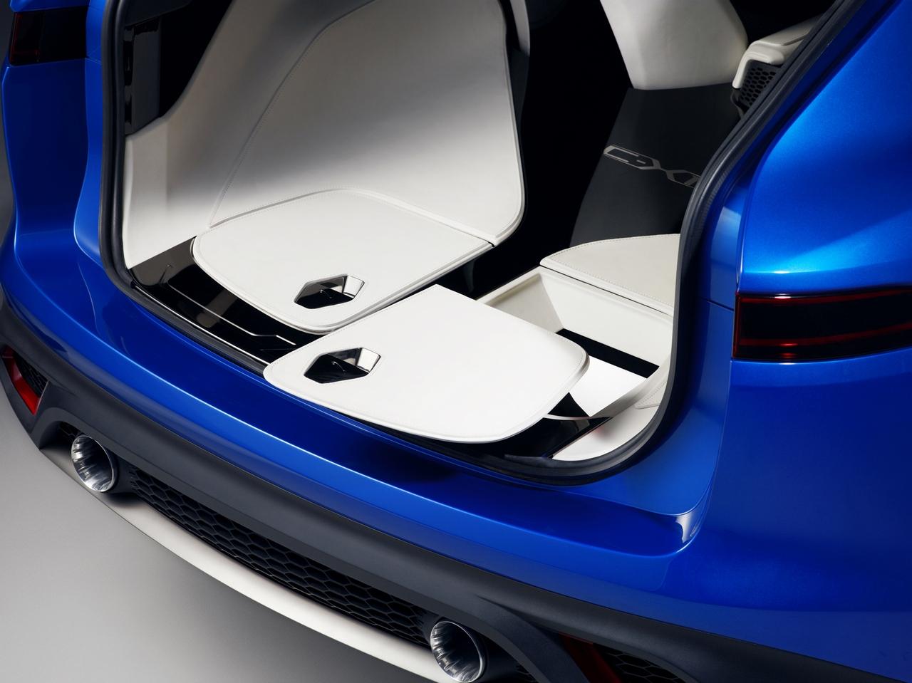 jaguar-c-x17-sports-crossover-concept_290-100