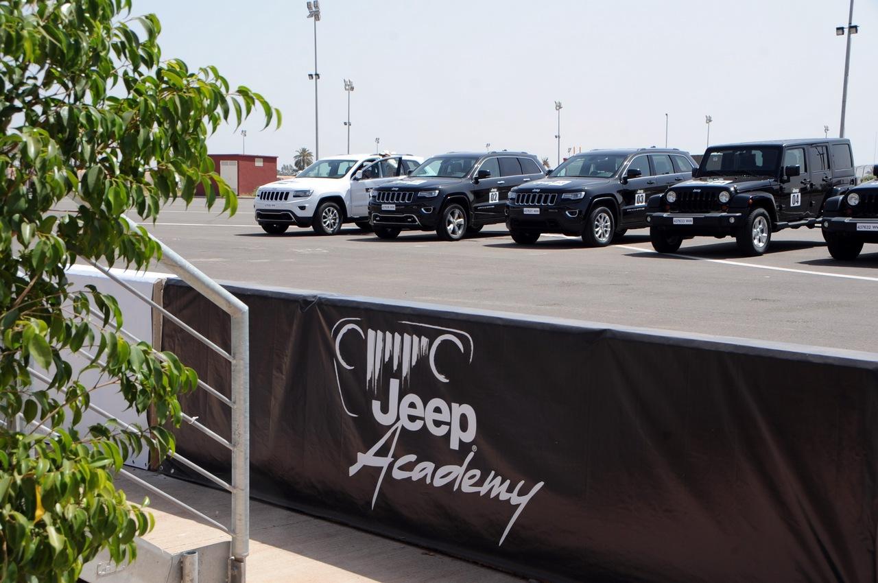 nasce-la-jeep-academy-la-prima-scuola-di-guida-4x4-del-marocco_20-100