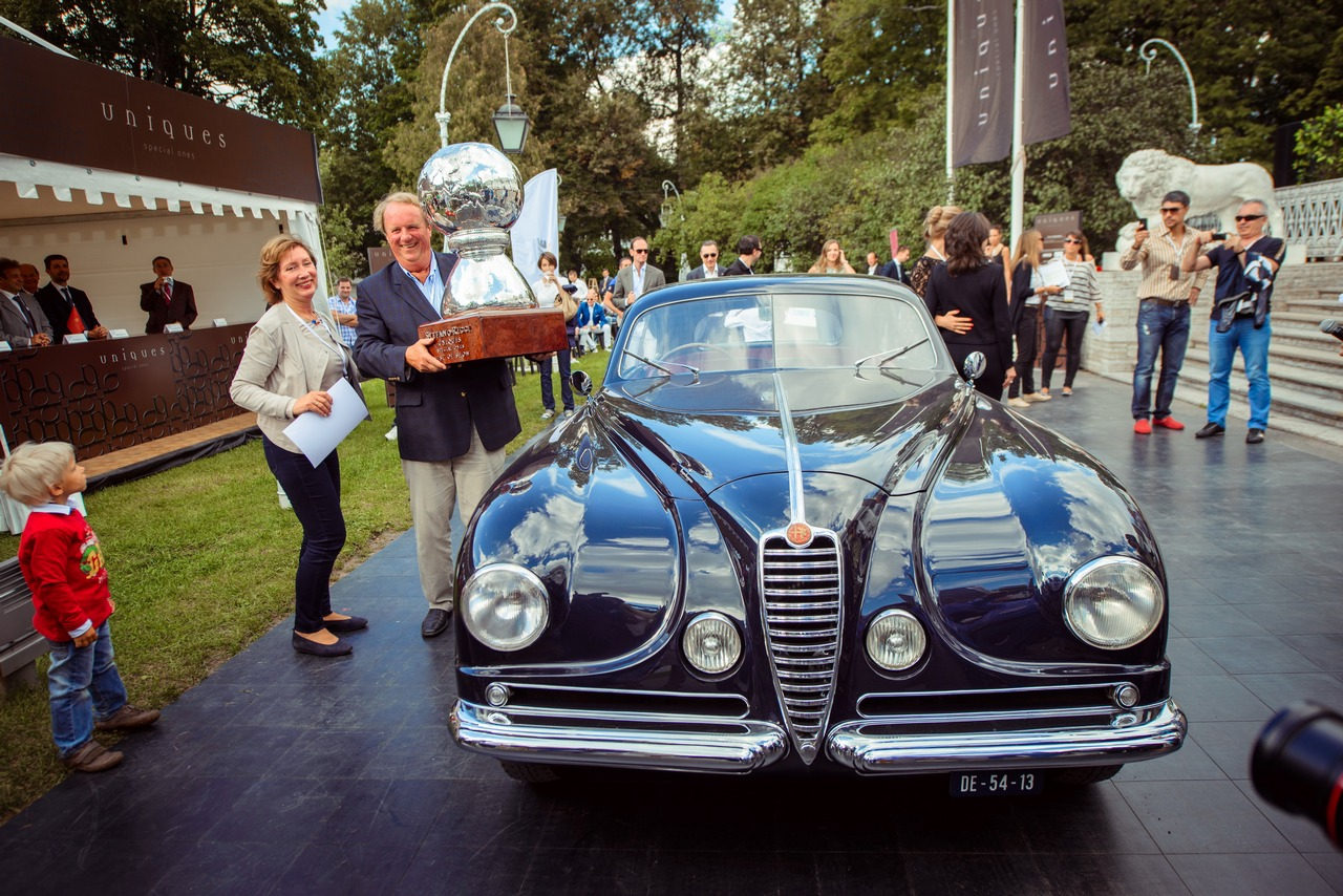 uniques-special-ones-2013-vince-lalfa-romeo-6c-2500-ss-coupe-touring-superleggera-del-1949_0-100_8