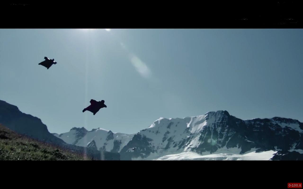 David-Barlia-base-jumper-wingsuit-peter-pyzera-nissan-370z-nismo-0-100_2