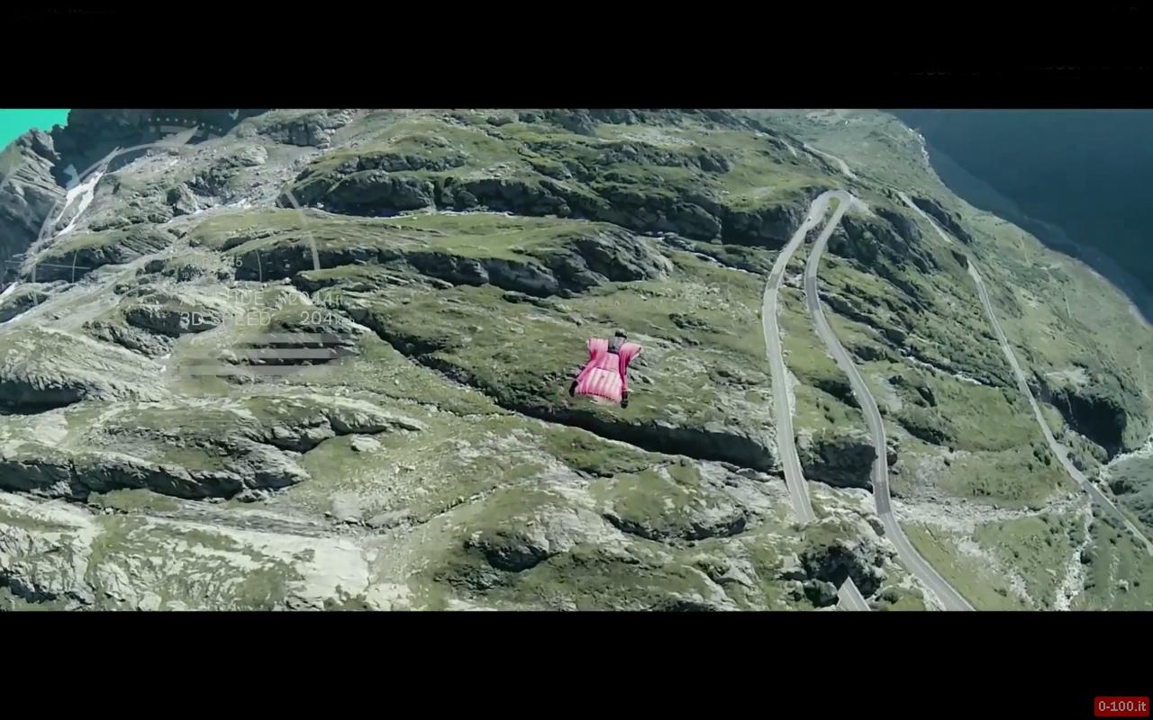 David-Barlia-base-jumper-wingsuit-peter-pyzera-nissan-370z-nismo-0-100_3