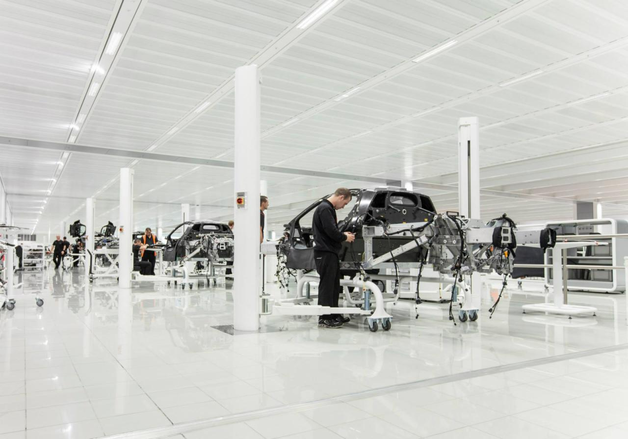 mclaren-p1-production-start_0-100_4