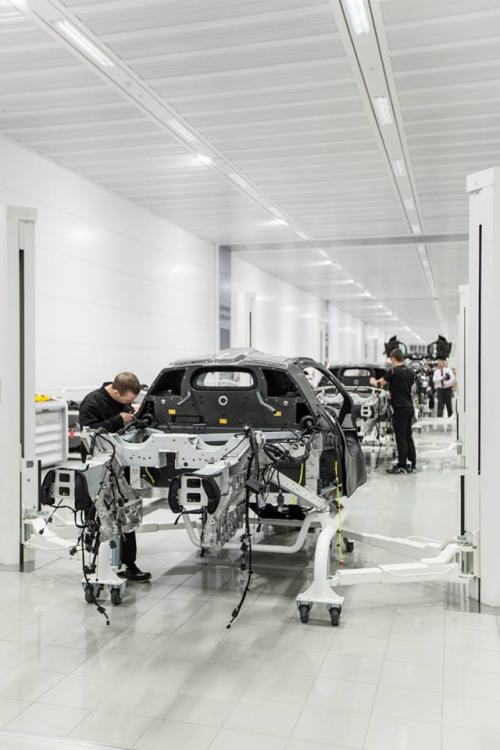 mclaren-p1-production-start_0-100_6