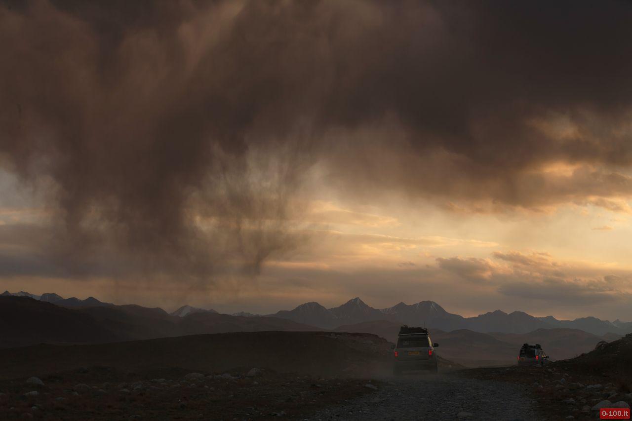 range-rover-diesel-hybrid-silk-trail-2013-0-100_2