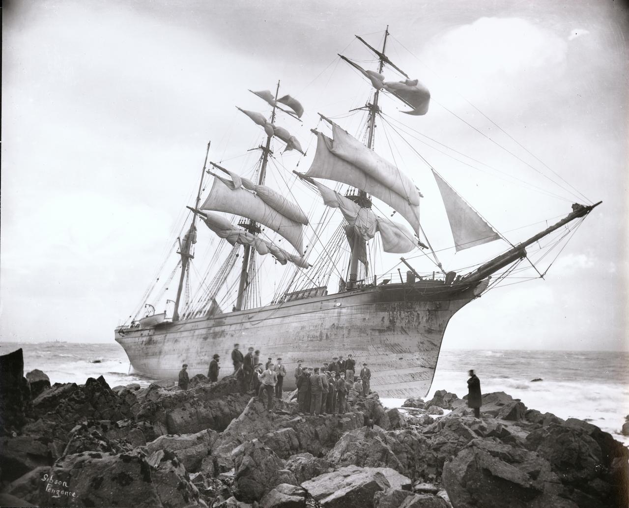 sothebysallasta-le-foto-storiche-di-grandi-naufragi-della-collezione-gibsons-of-scilly_0_1004