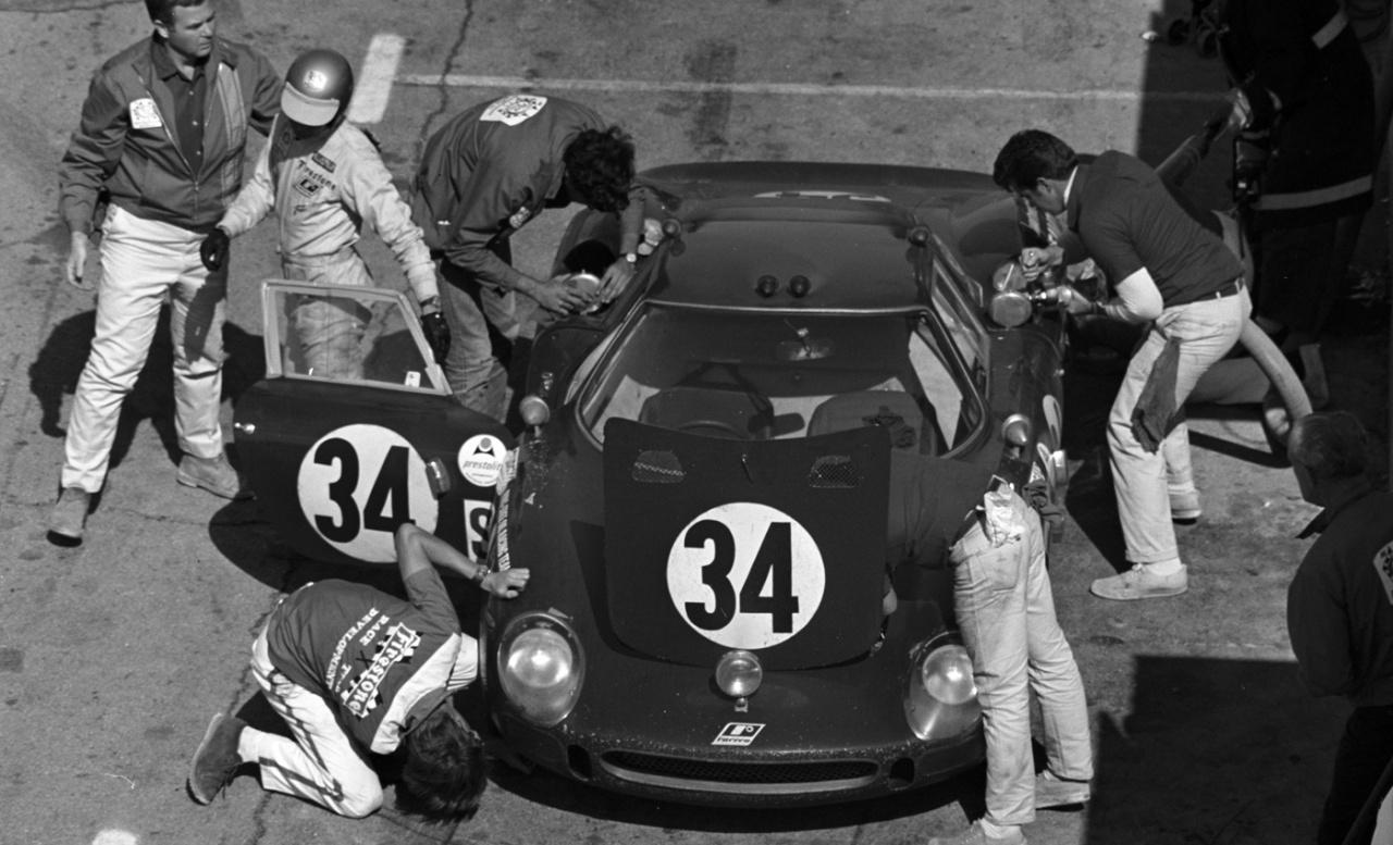 1964_ferrari_250_lm_by_carrozzeria_scaglietti_2