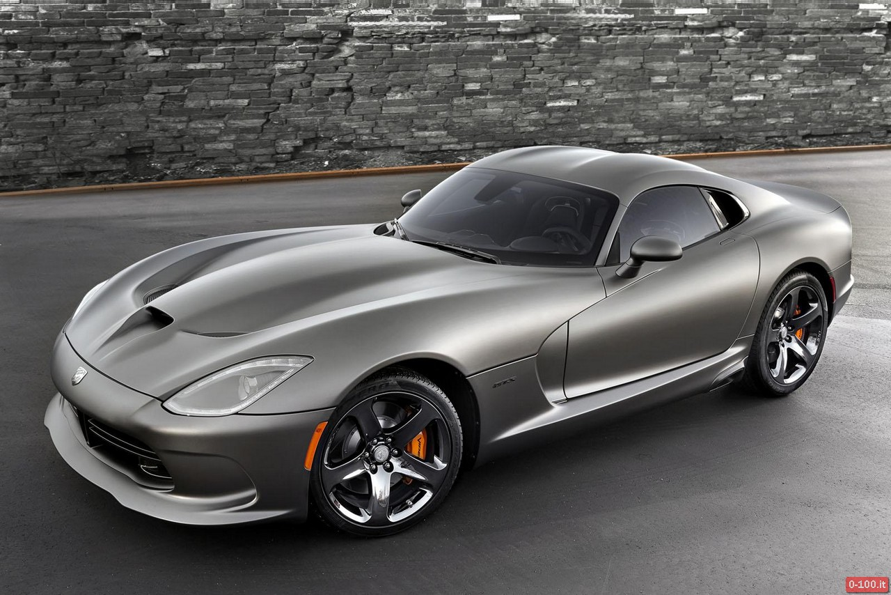 SRT-Viper-GTS-Anodized-Carbon-Special-Edition_0-100_1