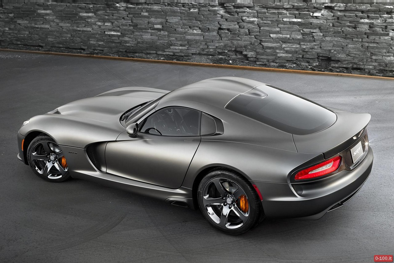 SRT-Viper-GTS-Anodized-Carbon-Special-Edition_0-100_2