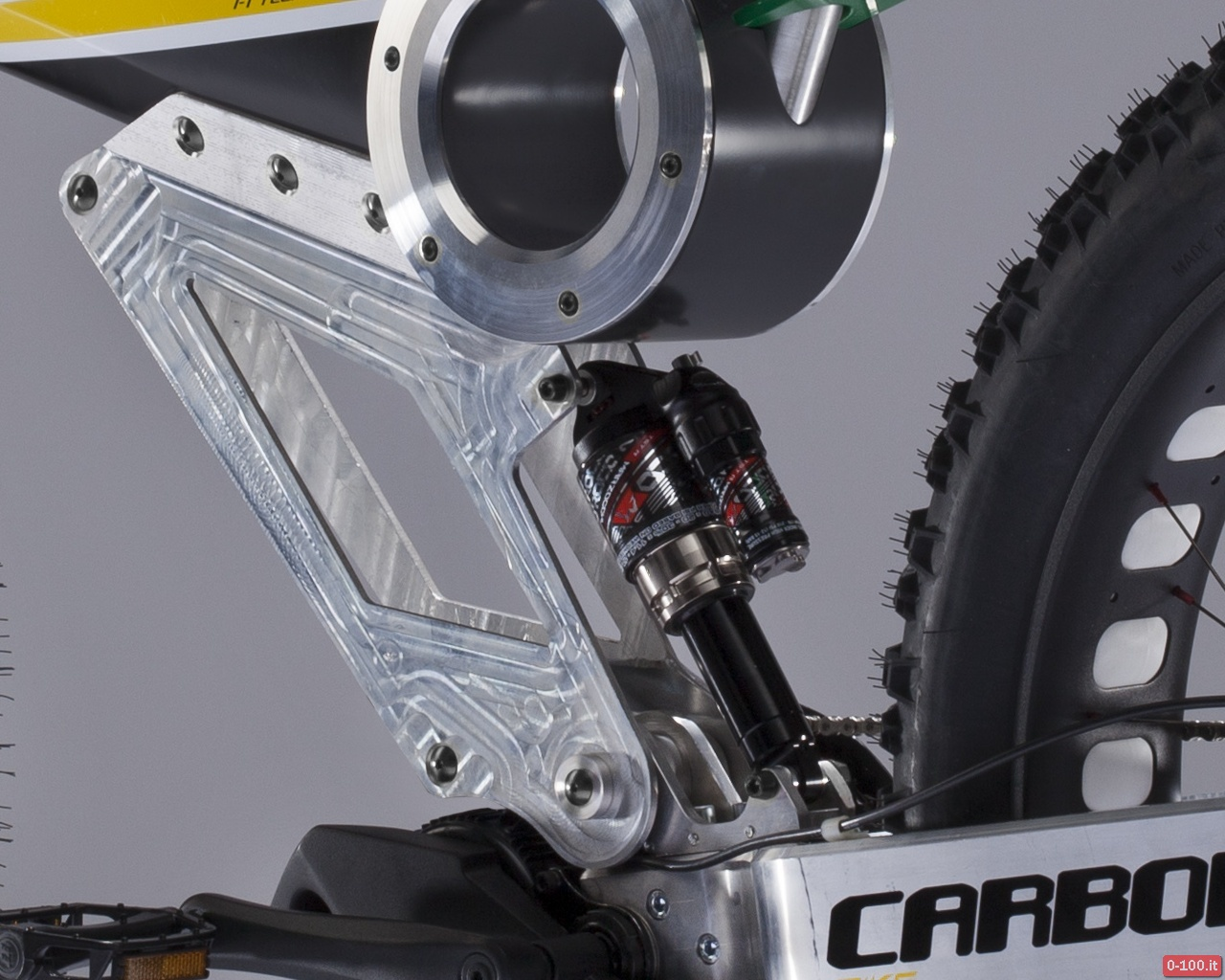 caterham-bikes-carbon-e-bike_0-100_7