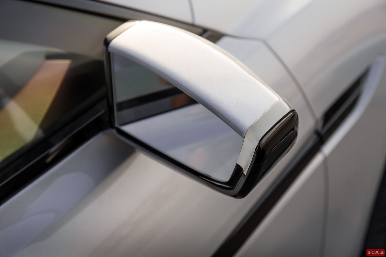 jaguar-c-x17-dubai-price-aluminum_0-100_29