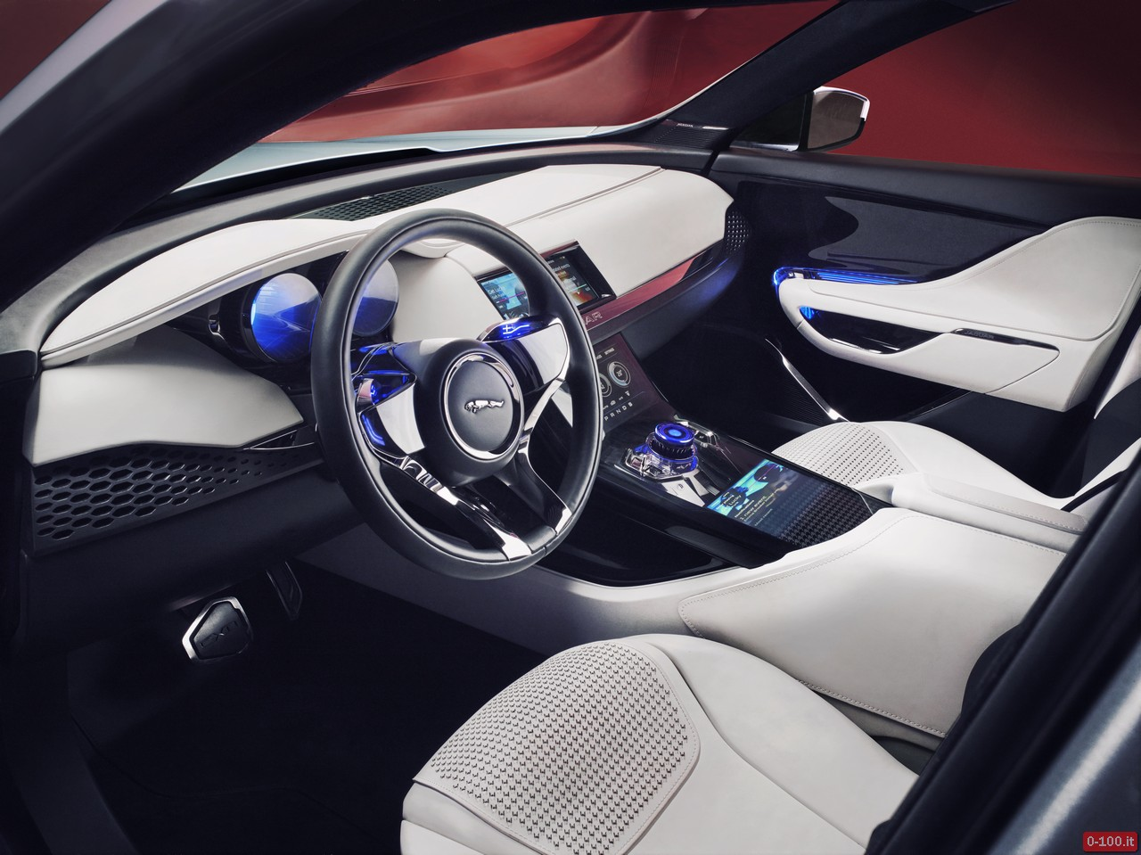 jaguar-c-x17-dubai-price-aluminum_0-100_35