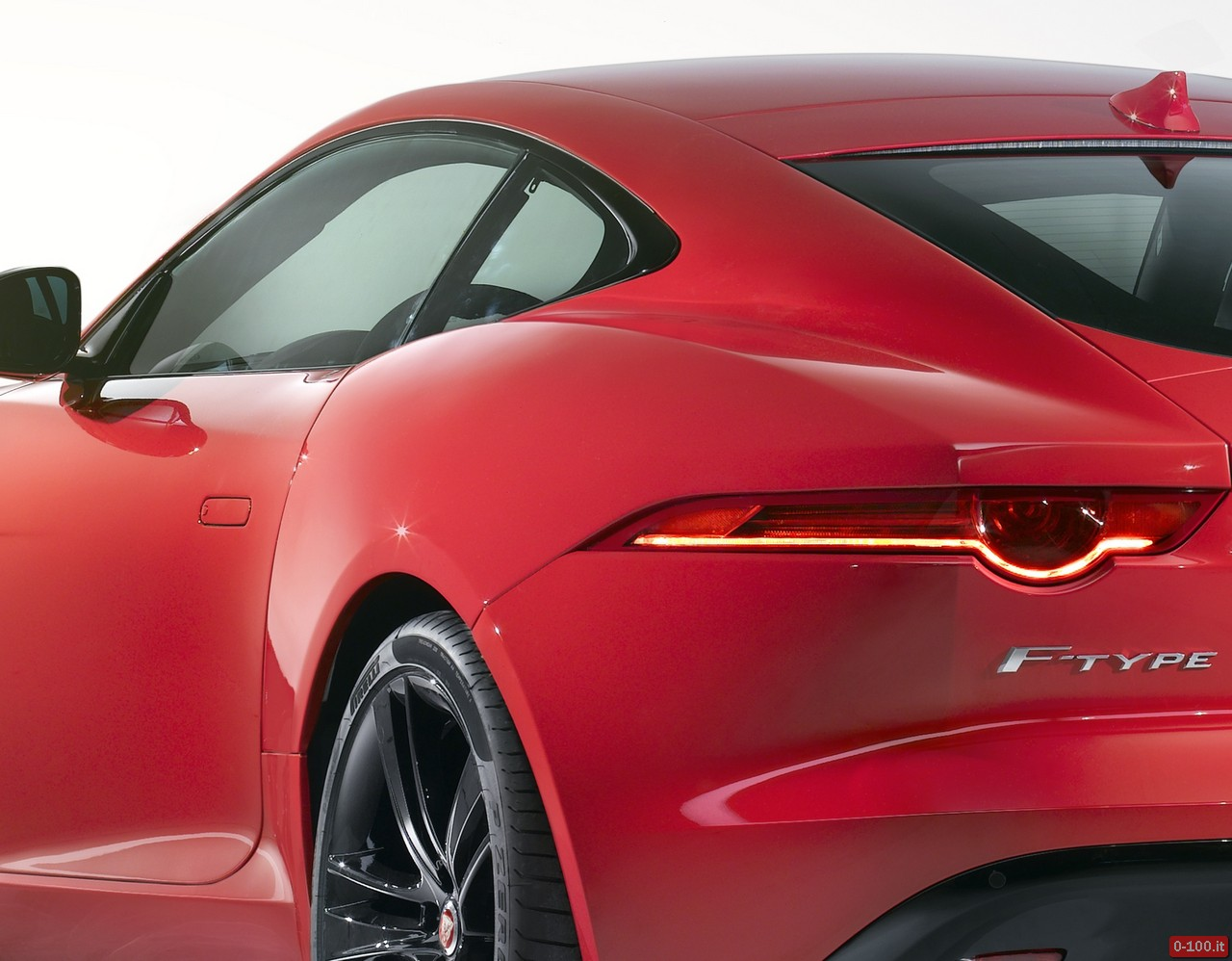 jaguar-f-type-s-r-coupe_0-100_14