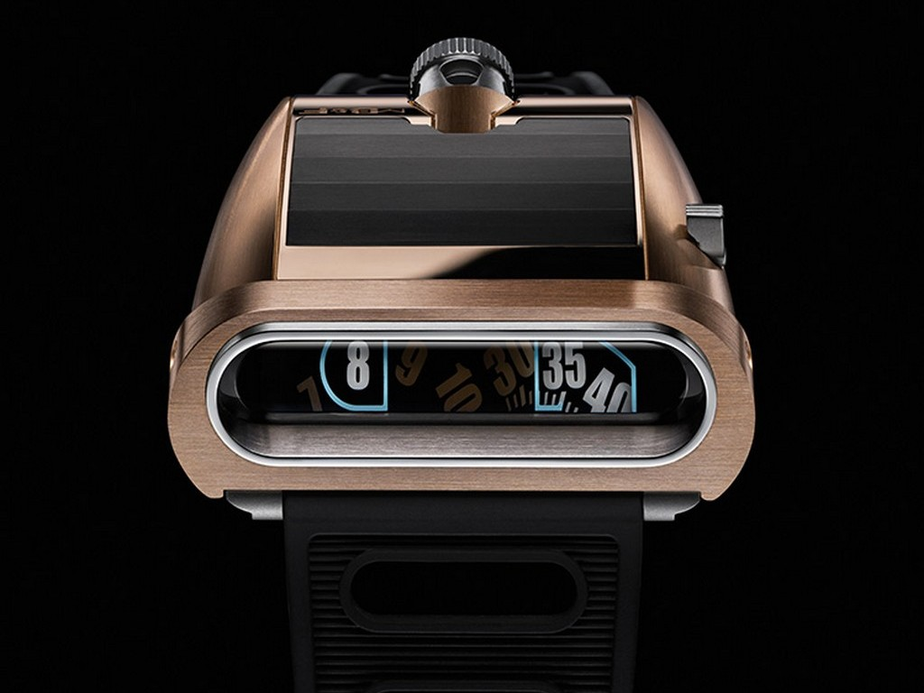 mb&f_horological-machine-n-5-rt-on-the-road-again-red-gold_0-100_3