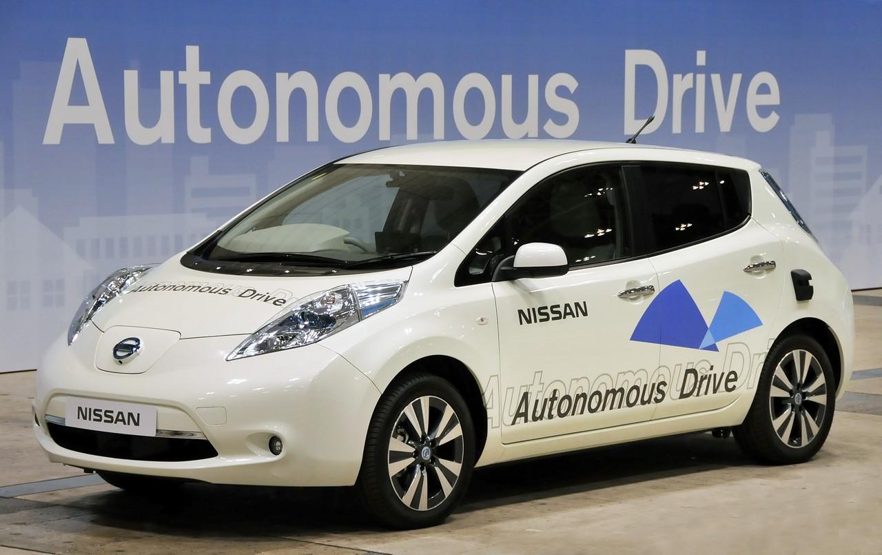nissan-leaf-autonomous-drive_0_1001