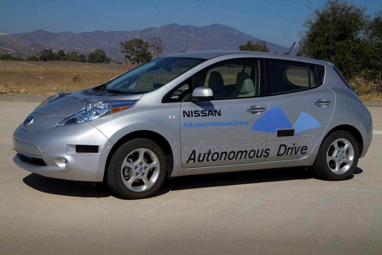 nissan-leaf-autonomous-drive_0_1002