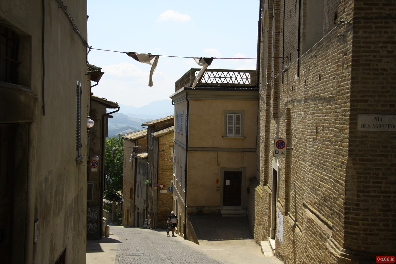 prova-su-strada-hyundai-santa-fe-2-2-crdi-4wd-at-itinerario-1-urbino-urbinia-dante_0-100_1