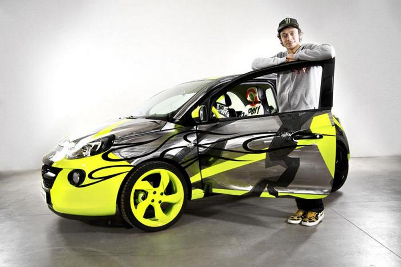 opel-adam-by-valentino-rossi-su-ebay-funds-going-to-meyer-childrens-hospital-foundation-0-100_7