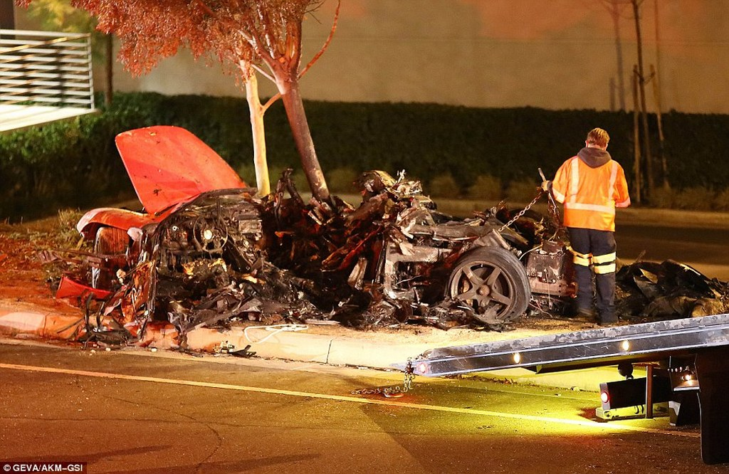 porsche-carrera-gt-paul-walker-incidente-fast-and-furious-0-100_2
