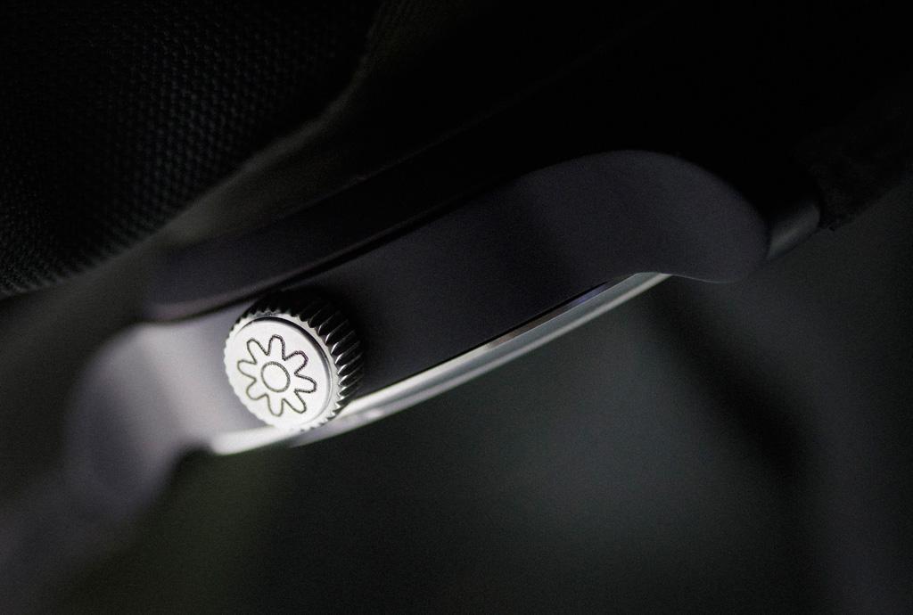 the-pinion-axis-un-nuovo-marchio-indipendente-di-orologi-made-in-uk-0-100_2