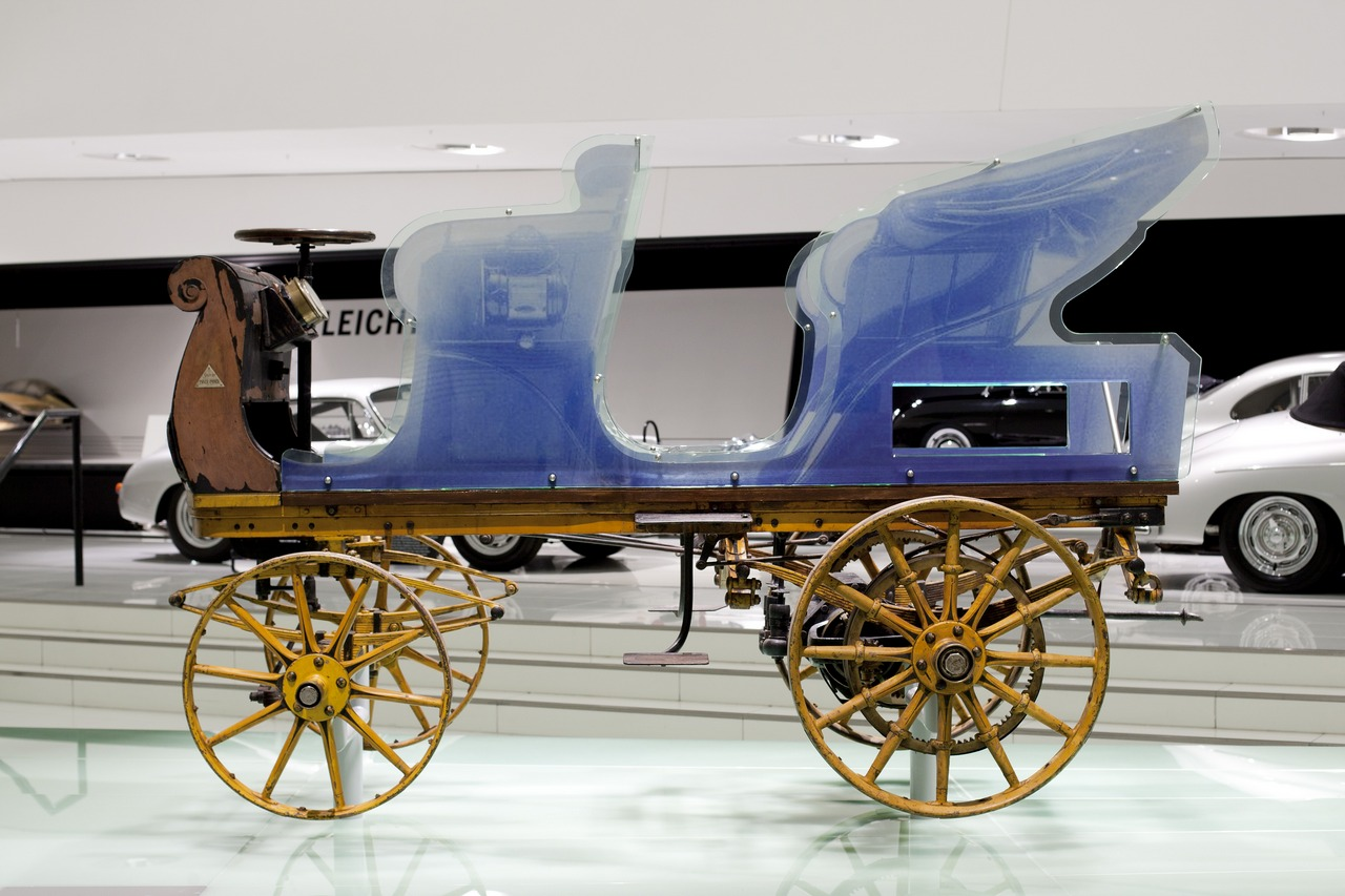 """Egger-Lohner C.2 Phaeton, nota come la """"P1"""", è la prima auto progettata e costruita da Ferdinand Porsche_0-100_5"""