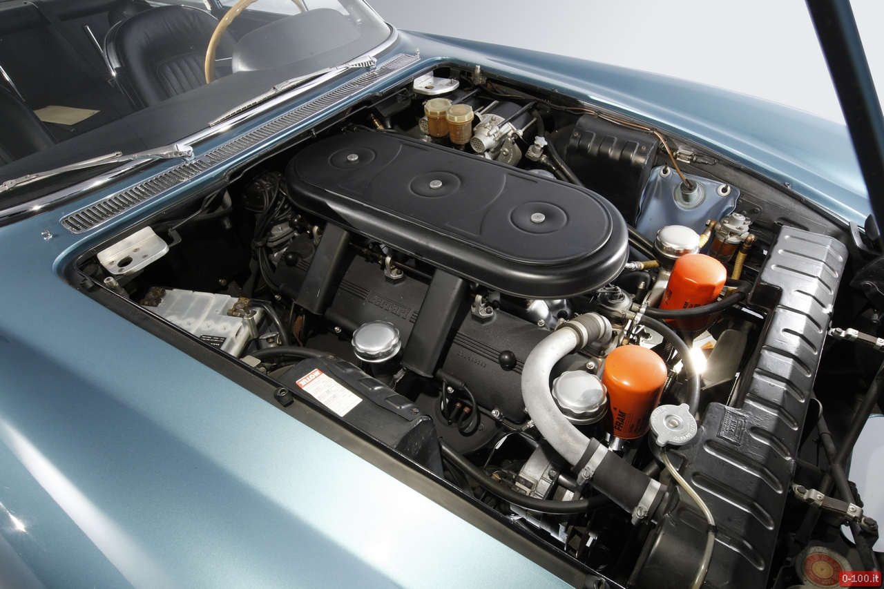 artcurial-at-retromobile-2014-ferrari-500-superfast-1964-0-100_12