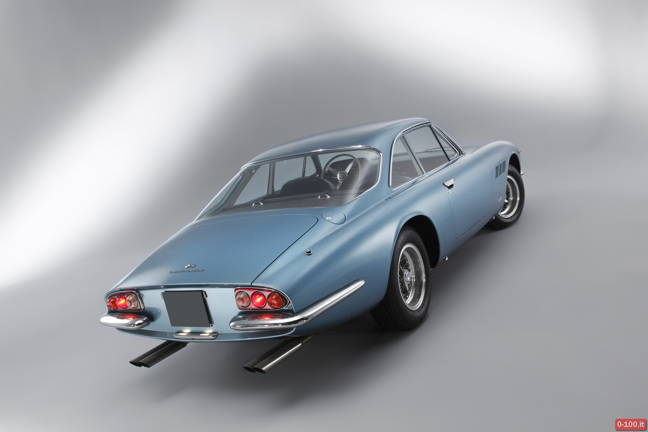 artcurial-at-retromobile-2014-ferrari-500-superfast-1964-0-100_4