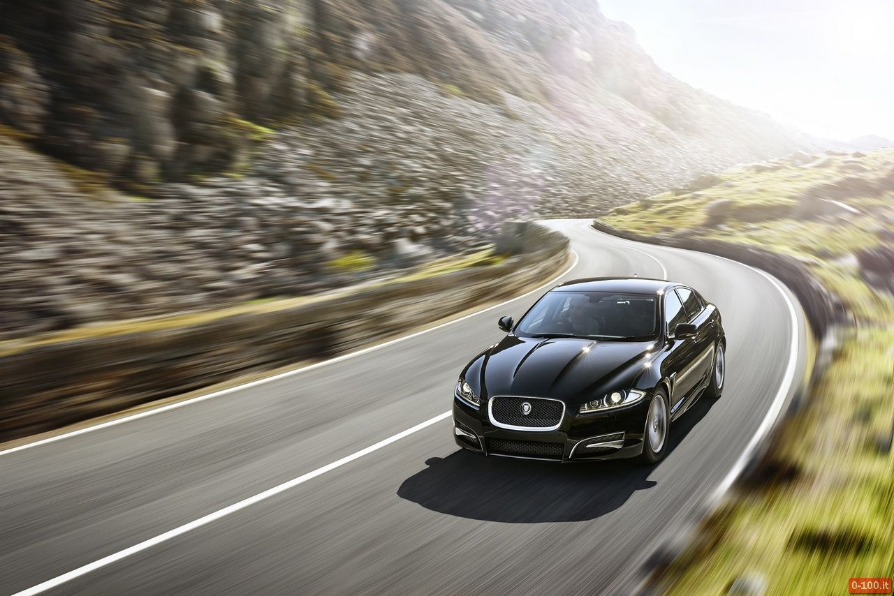 ginevra-2014-jaguar-xf-model-year-2015-xfr-s-sportbrake-0-100_40