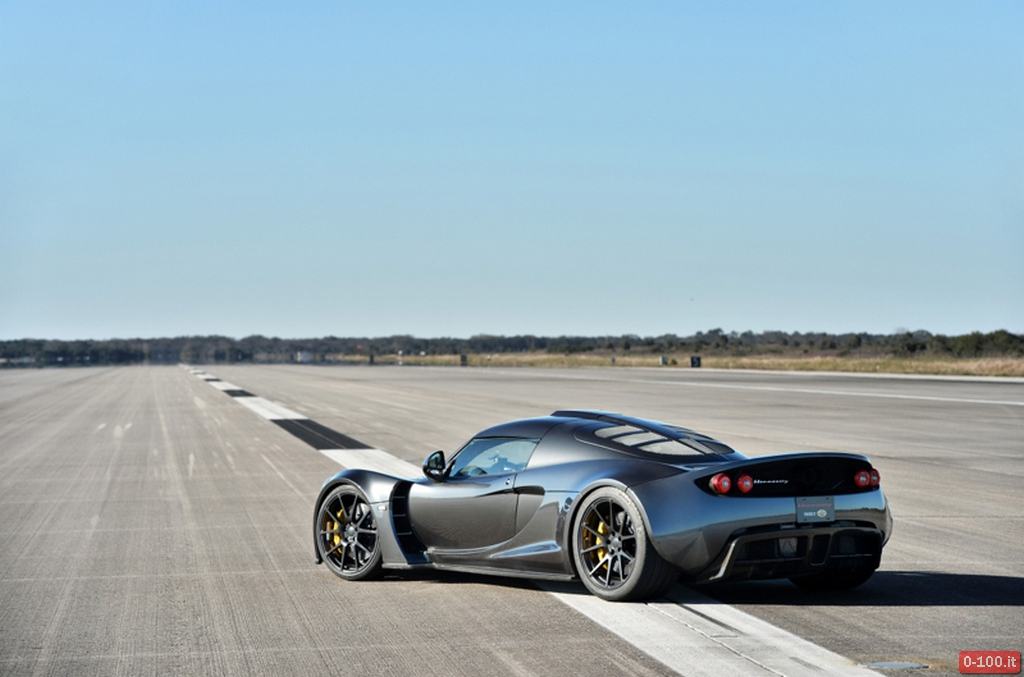 hennessey-performance-venom-gt-435-kmh-270-mph-record-speed-0-100_11