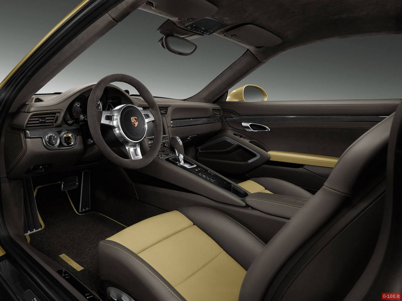 prosche-991-turbo-exclusive-oro-gold-0-100_5