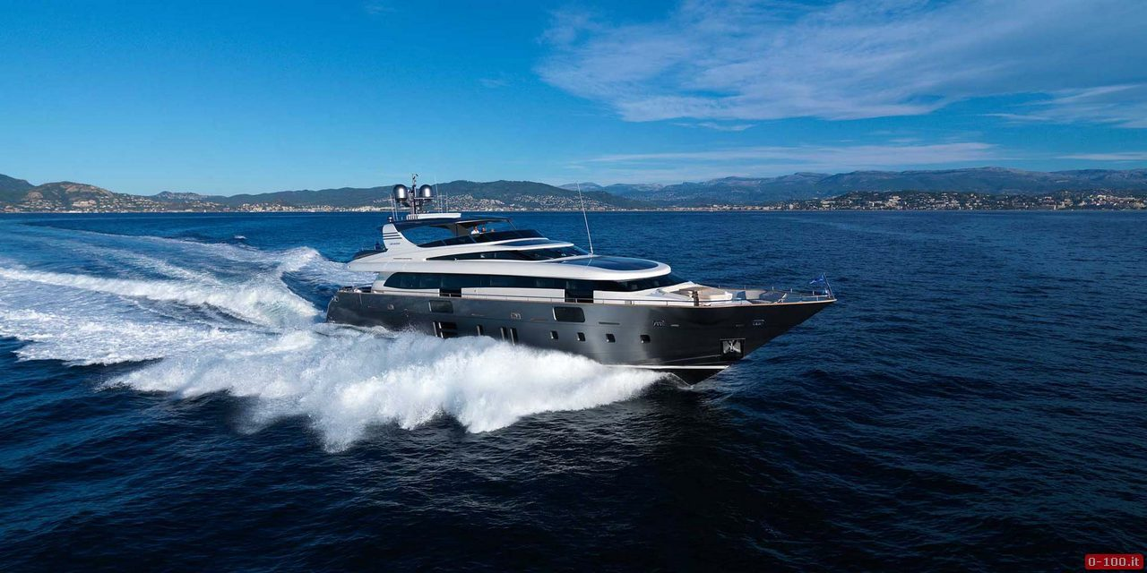 super yacht Canados 108 Fly_0-1001