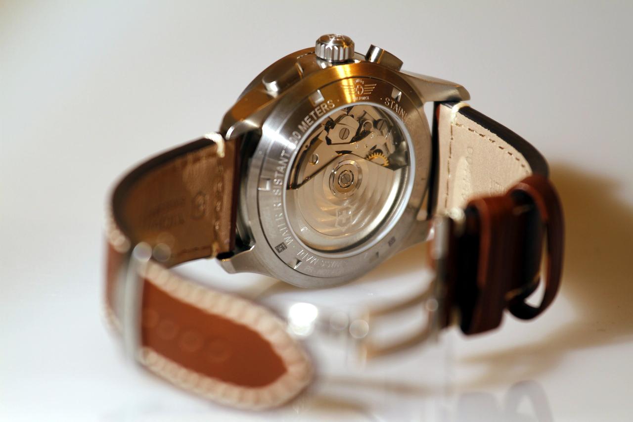watch-test-victorinox-swiss-army-chronograph-automatic-prezzo-price-0-100_14