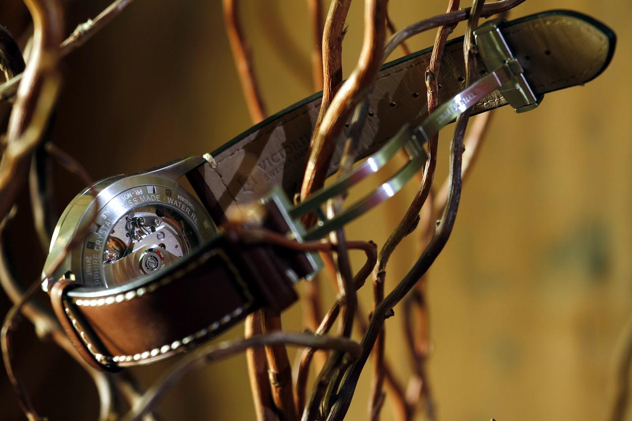 watch-test-victorinox-swiss-army-chronograph-automatic-prezzo-price-0-100_23