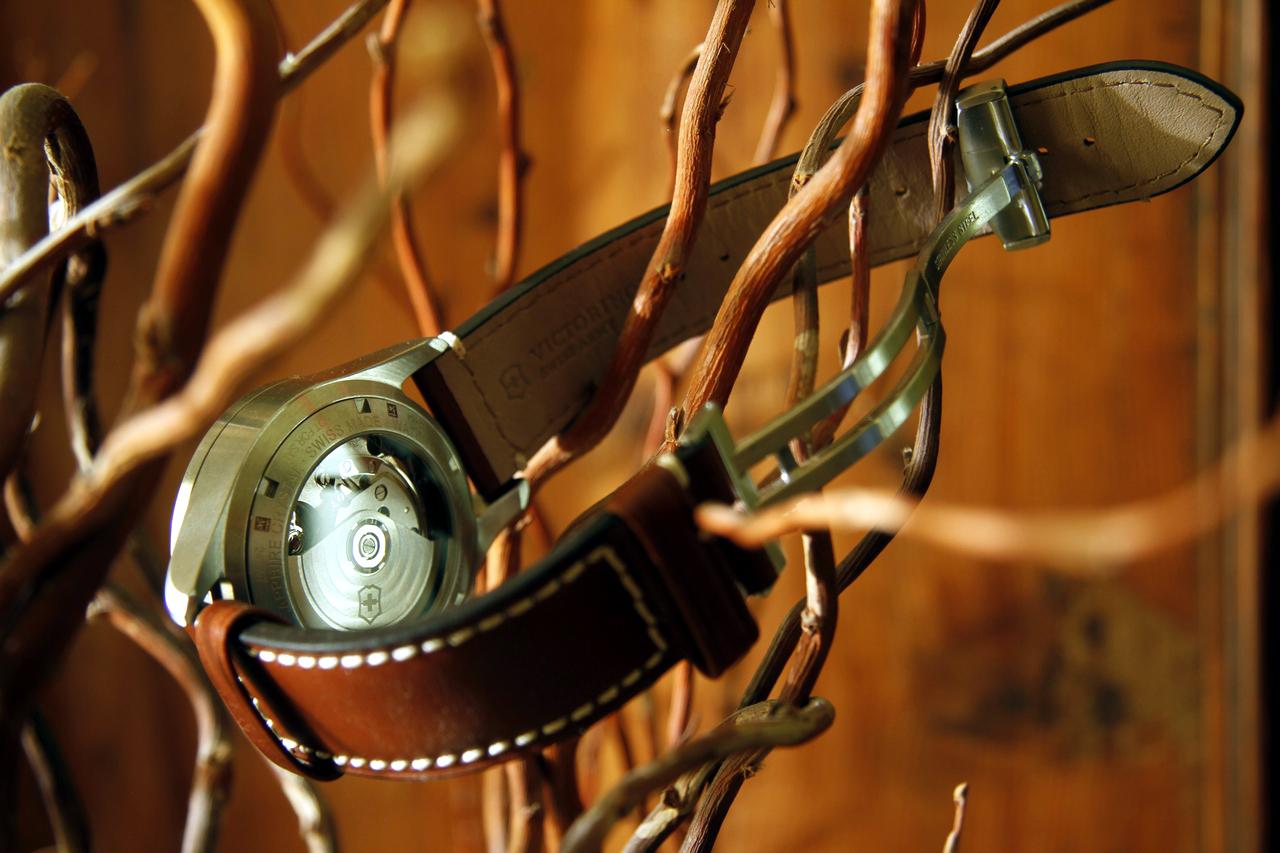 watch-test-victorinox-swiss-army-chronograph-automatic-prezzo-price-0-100_25