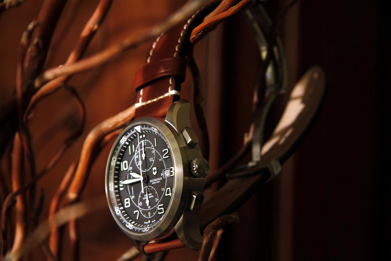 watch-test-victorinox-swiss-army-chronograph-automatic-prezzo-price-0-100_28