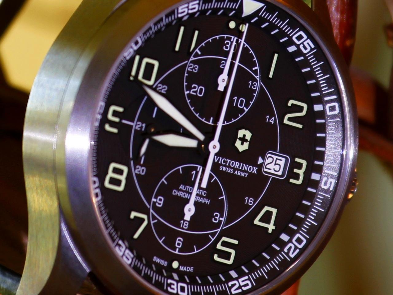 watch-test-victorinox-swiss-army-chronograph-automatic-prezzo-price-0-100_35