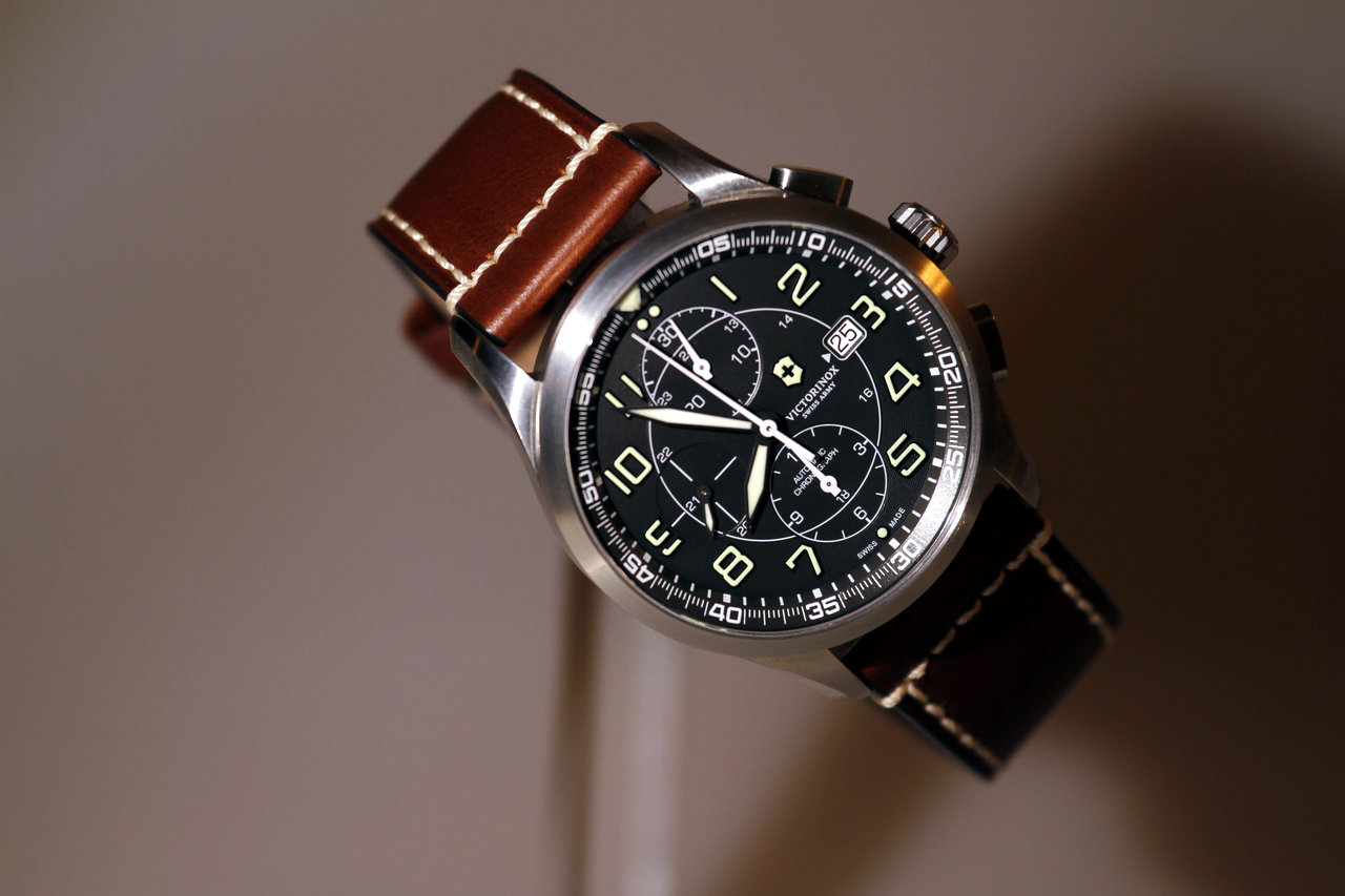 watch-test-victorinox-swiss-army-chronograph-automatic-prezzo-price-0-100_5