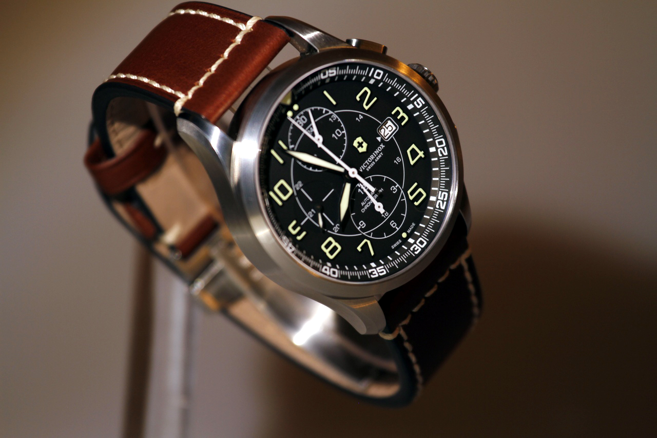 watch-test-victorinox-swiss-army-chronograph-automatic-prezzo-price-0-100_6