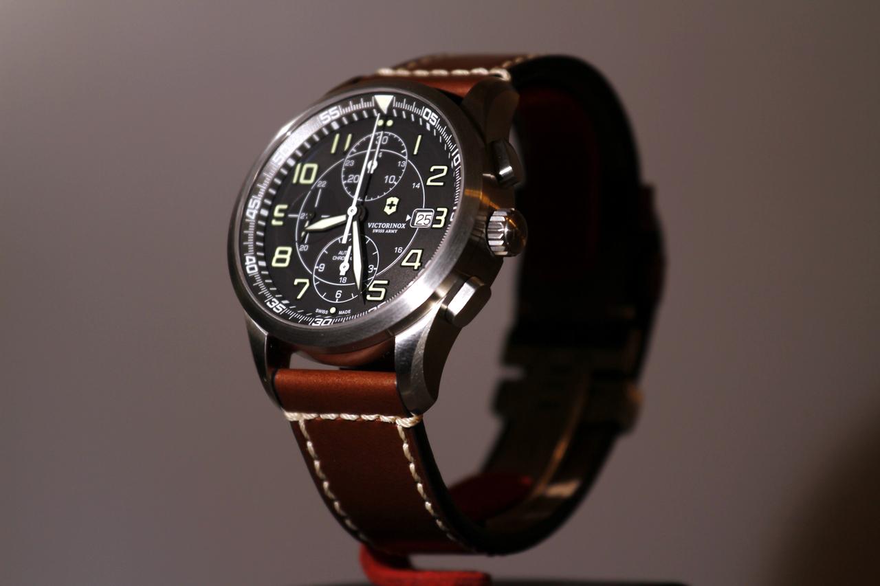 watch-test-victorinox-swiss-army-chronograph-automatic-prezzo-price-0-100_8