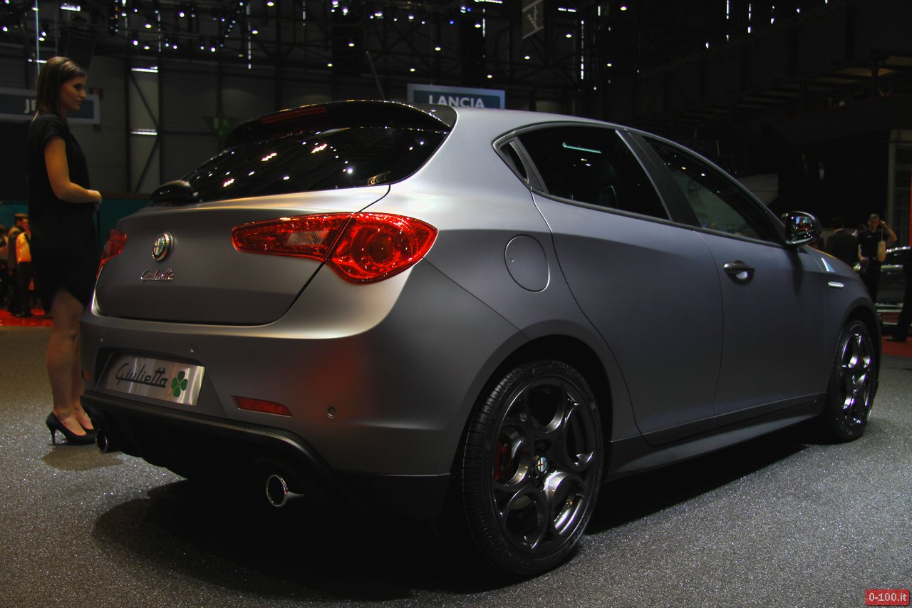Geneve-2014-Alfa-Romeo-mi-to-giulietta-4C-Spider-0-100_32