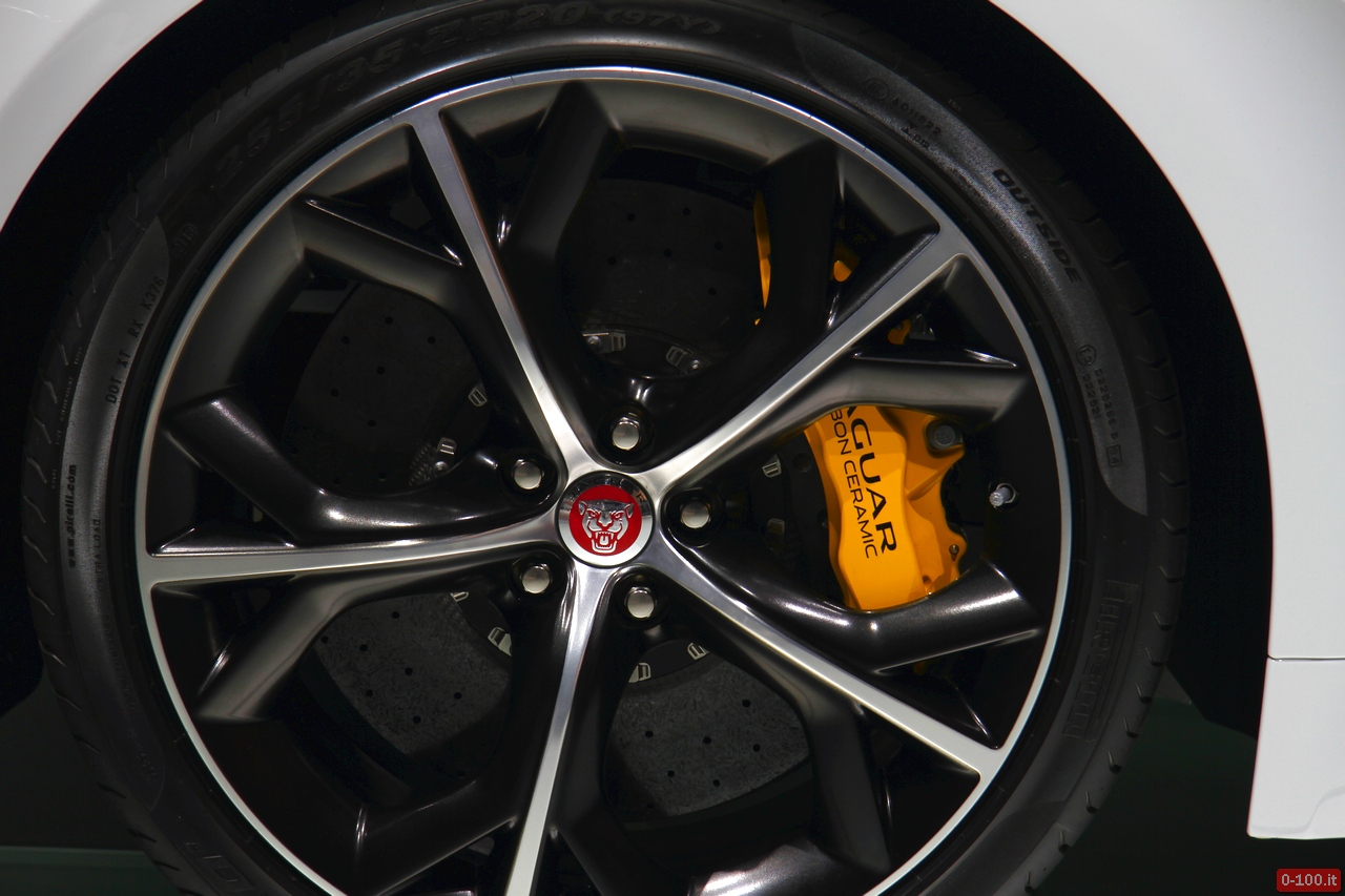 geneve-autoshow-jaguar-f-type-coupe-spider-roadster-2014-0-100_13