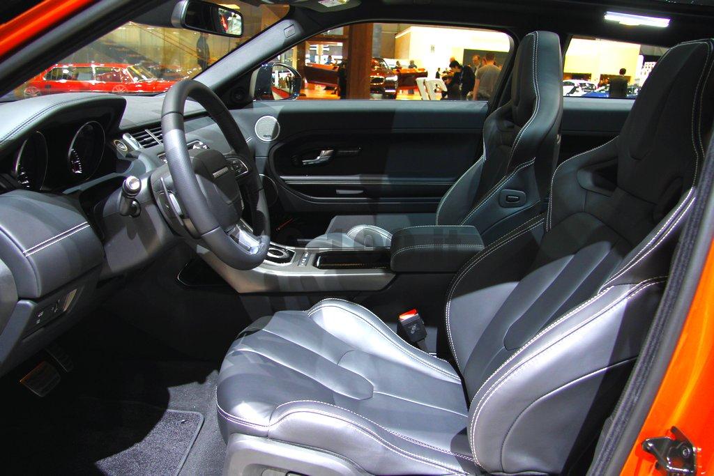 geneve-autoshow-land-range-rover-sport-evoque-autobiography-freelander-2-2014-0-100_17