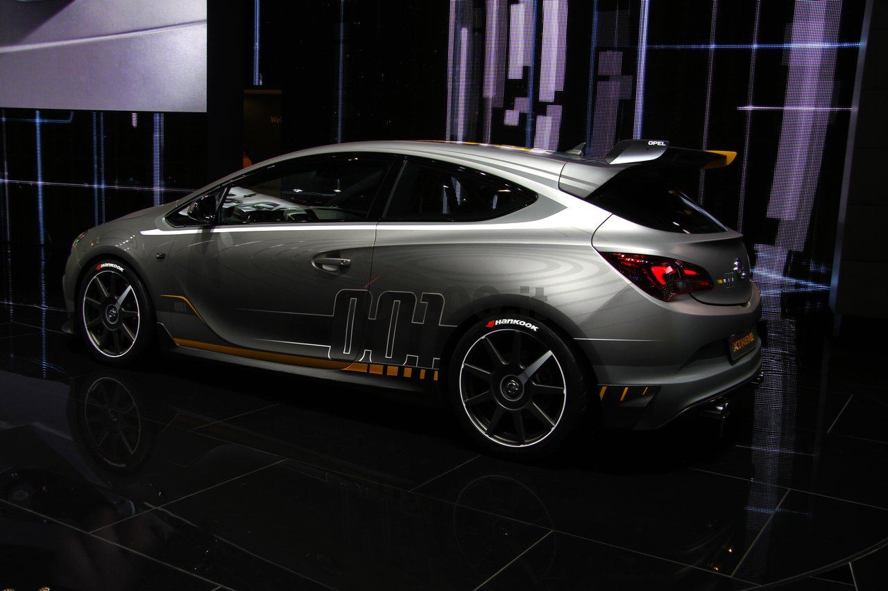 opel-astra-opc-extreme-geneve-2014_0-100_10