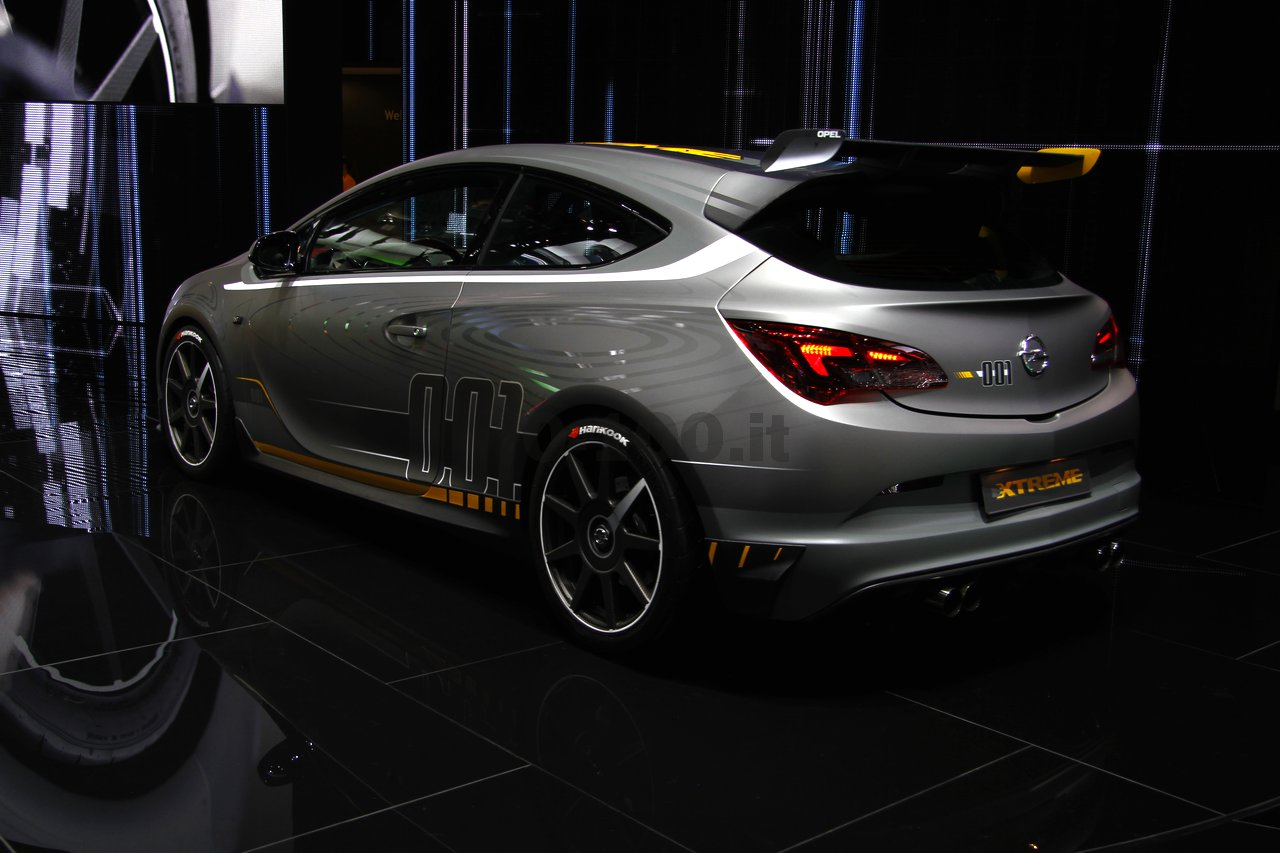 opel-astra-opc-extreme-geneve-2014_0-100_12