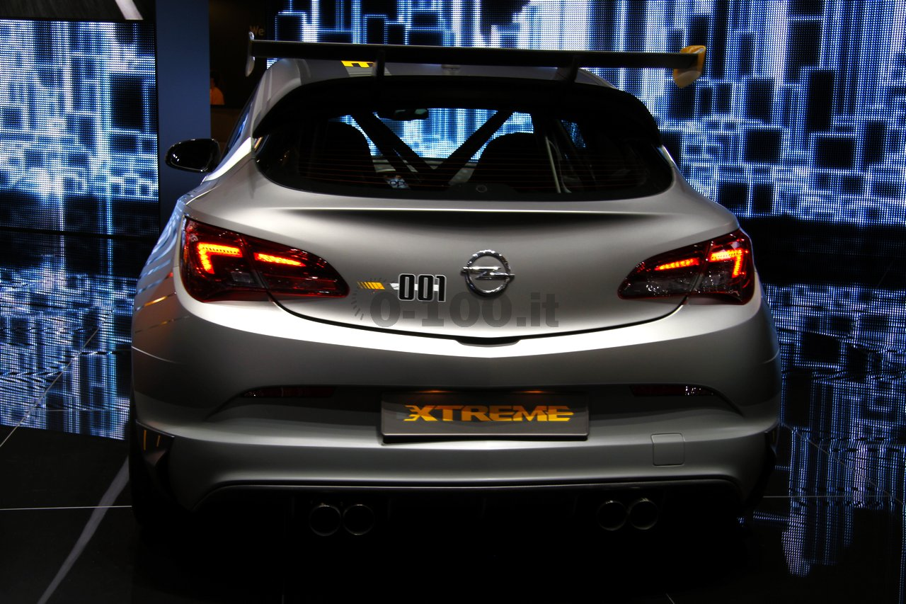 opel-astra-opc-extreme-geneve-2014_0-100_16